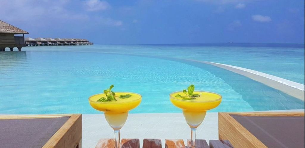 Cheap travel to Maldives