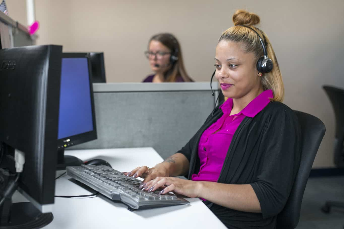 Answering Service Call Center And Virtual Receptionist