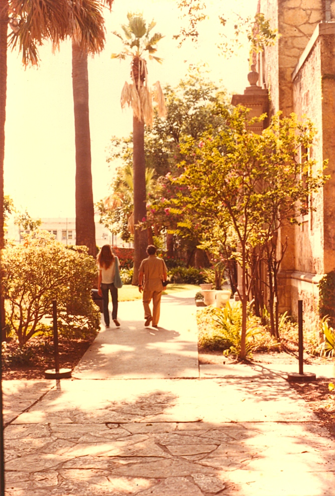 14 years old walking with mom's boyfriend at the Alamo