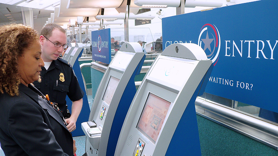 The Global Entry Program Puts You in Front, Literally via @maphappy