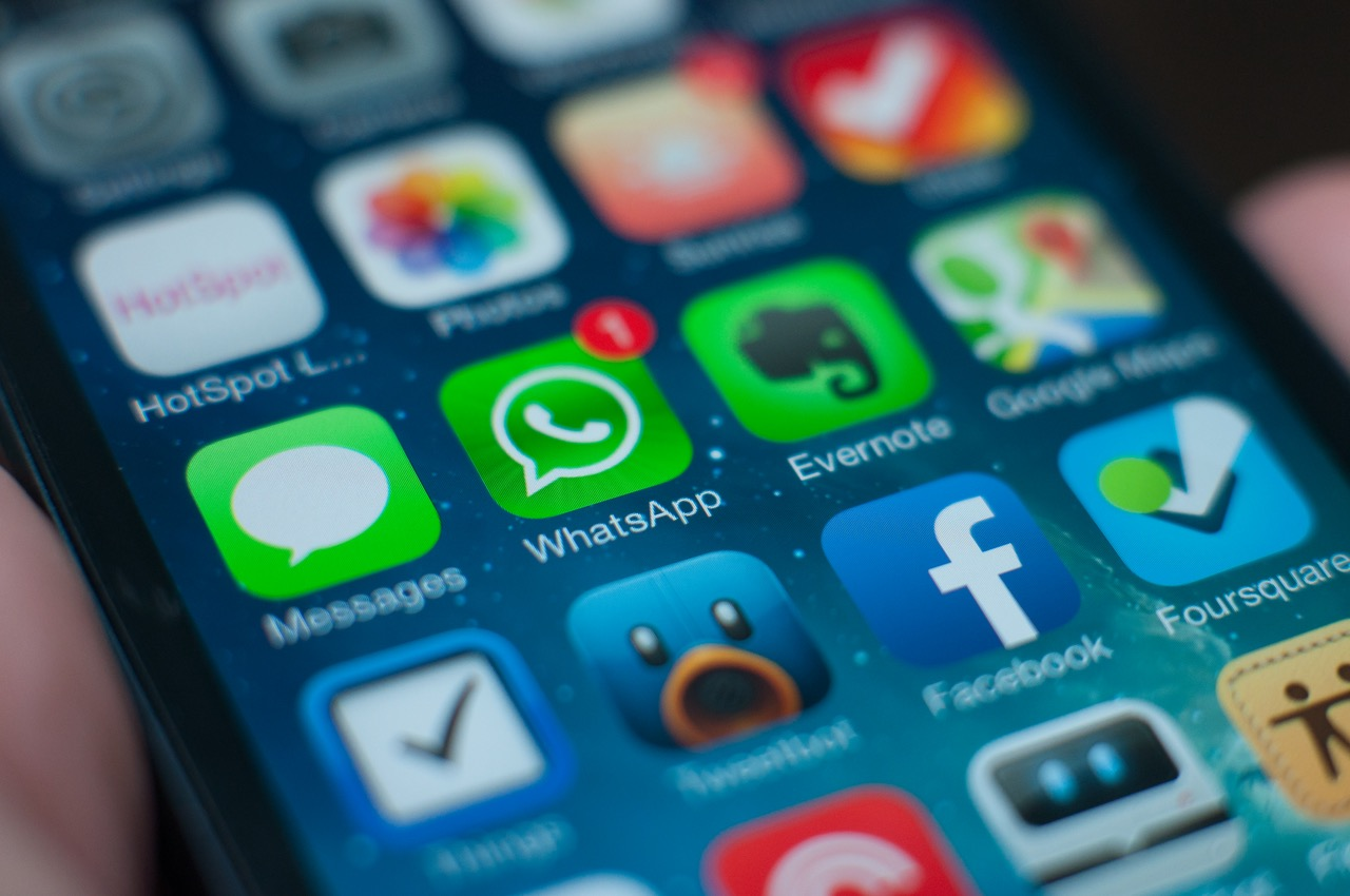 Is WhatsApp Completely Useless in the States? via @maphappy