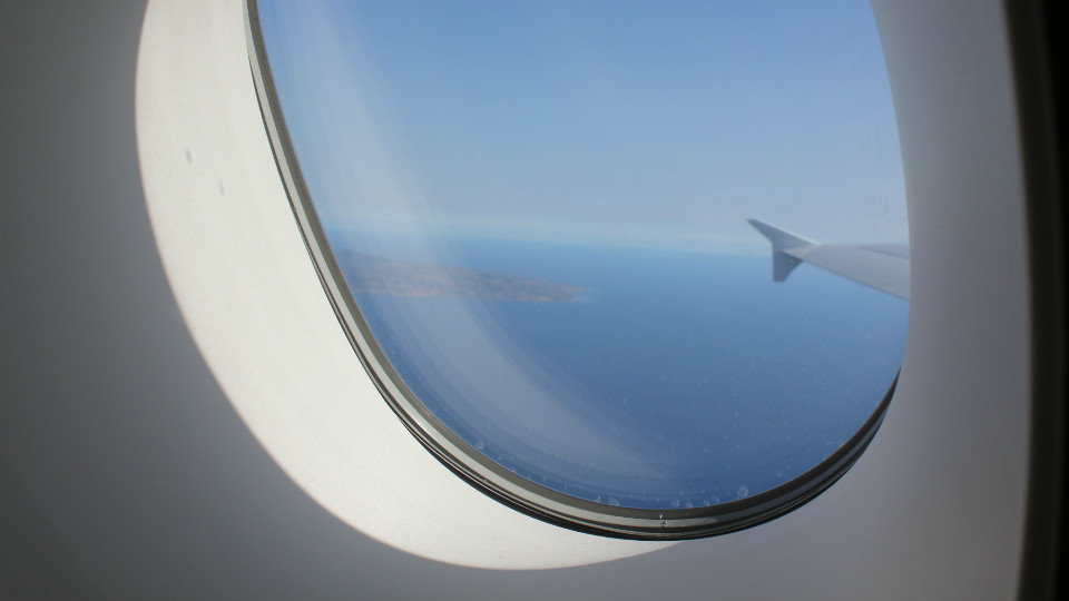 The Curse of the Window Seat via @maphappy