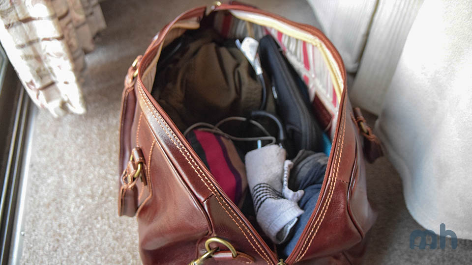 31d88a279 Review: The Cenzo Duffle Delivers a First-Class Bag