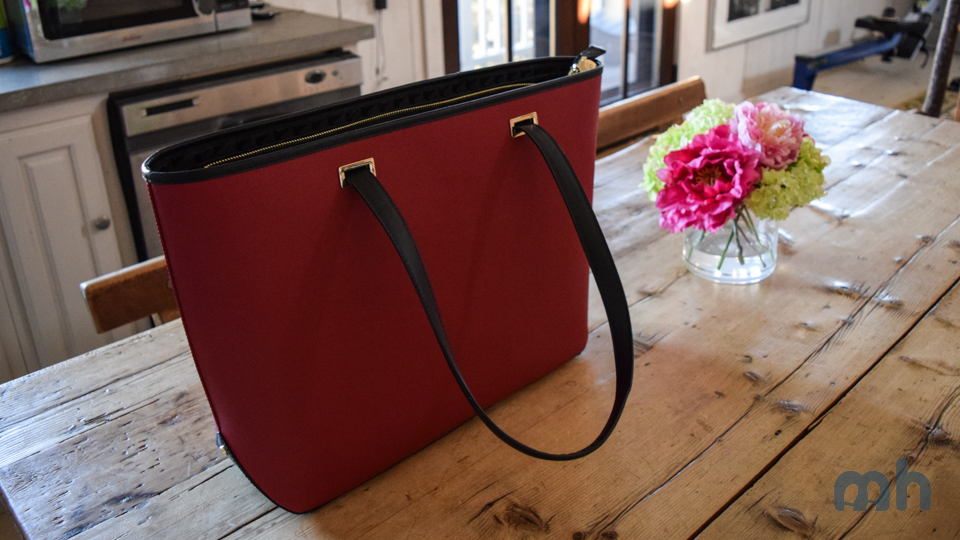 The Lo & Sons Seville Bag Can Be Any Color You Want It To Be via @maphappy