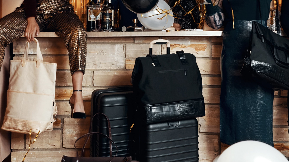 The Best Away Luggage Alternatives via @maphappy