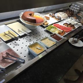 Dungeons & Burgers - Café da MAnhã (6)