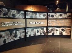 """""""Sección Tolerancia"""": fotografía via Flickr por A. TTou (ATa Tou). En: https://flic.kr/p/p8QNi6"""