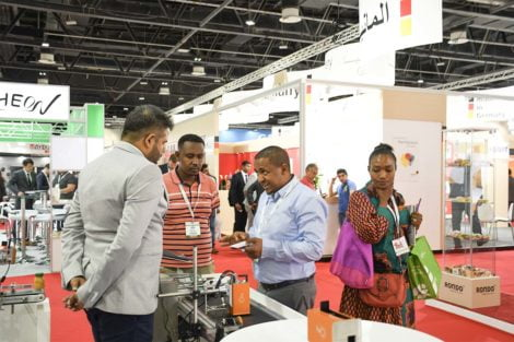 Gulfood Manufacturing 2019 - Maplejet Team discusses Hx Nitro features to stand visitors