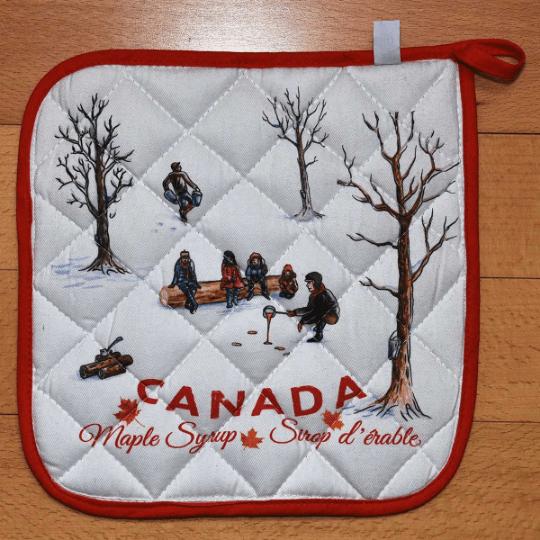 Canada Gift Potholder kitchen Maple Syrup design cotton 1