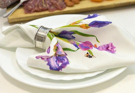 Linen Napkins Irises table setting
