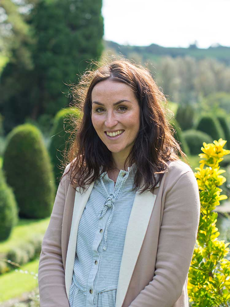 Jennifer Jane Eveleigh, Mapperton Weddings adviser