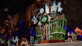 【ホーンテッドマンション】2019のジンジャーブレッドハウスが完成!