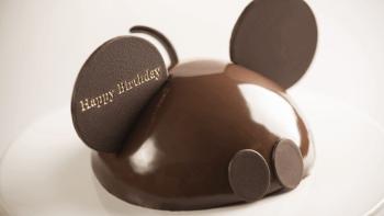【ミッキーの誕生日ケーキ】レストランで特別なお祝いができる!