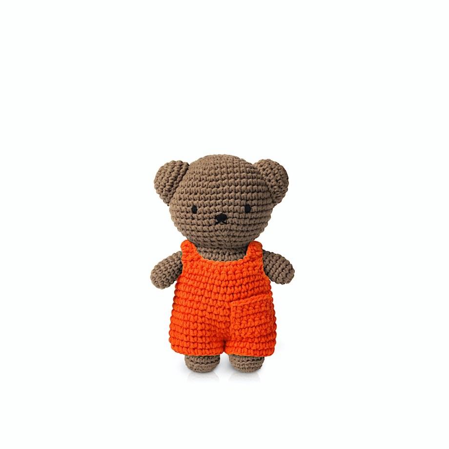 Boris Salopette - Just Dutch - Boris est LE doudou rêvé pour vos enfants. Ses différents vêtements en font autant de personnages., c'est LA peluche à avoir. Handmade et donc unique à chaque achat.