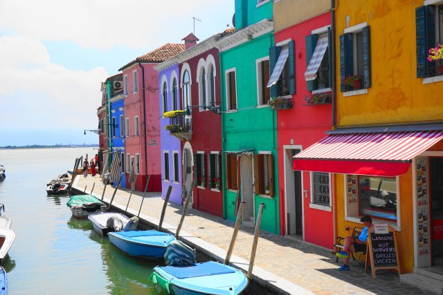 what to do Burano, Italy - colorful houses