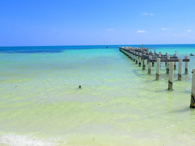 Things to do on Caye Caulker- beach
