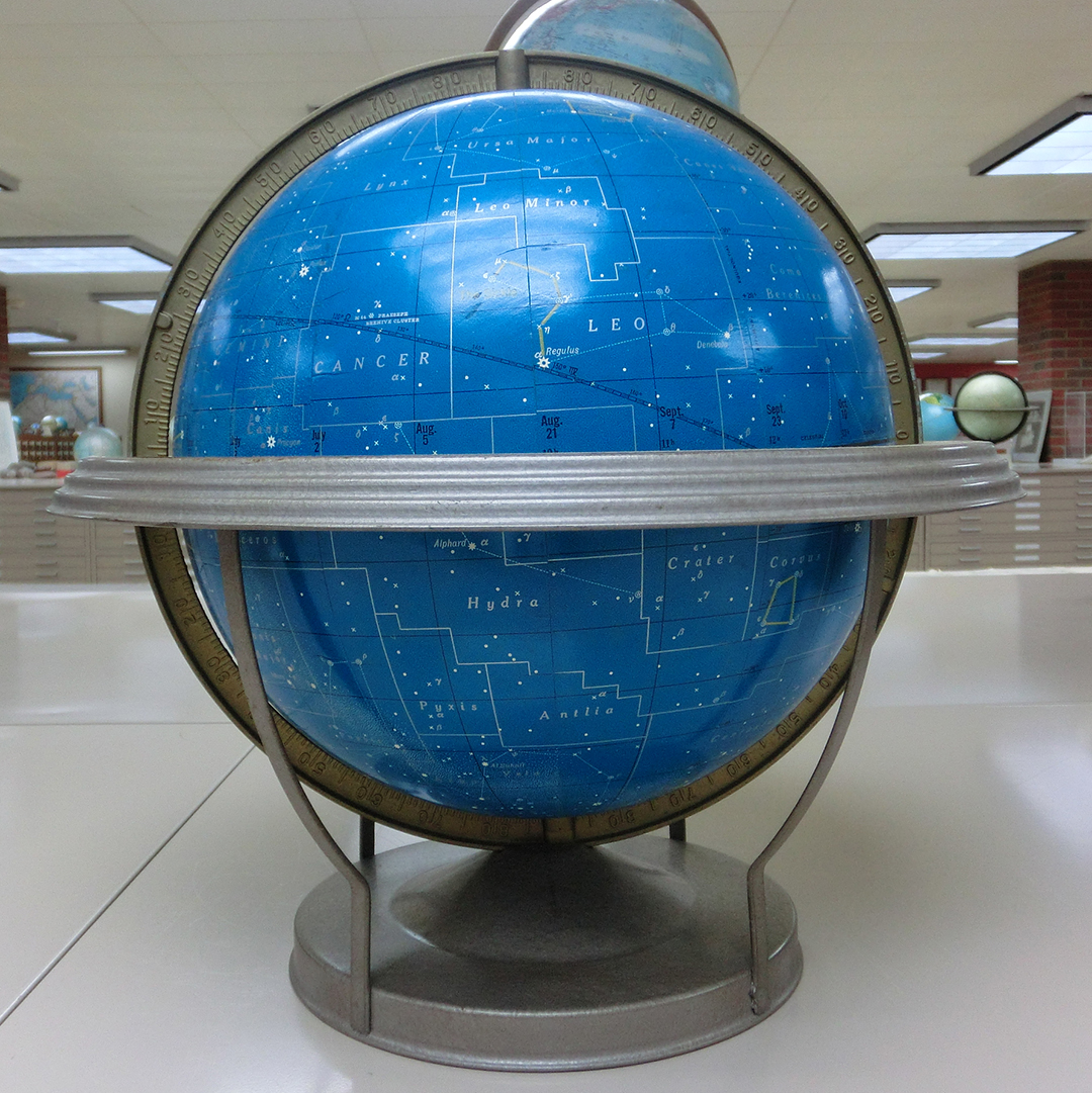 Globe-spotting in Milwaukee - Maps Everywhere