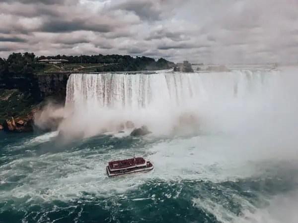 Eastern-Canada-Road-Trip-Carolin-Klein-Niagara-Falls
