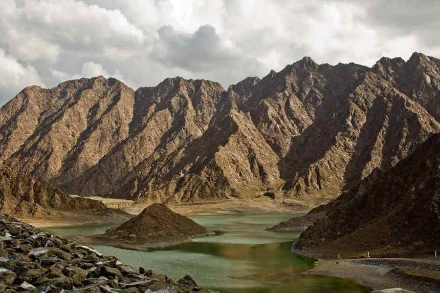 Hatta Camping is some of the top ways to camp in UAE