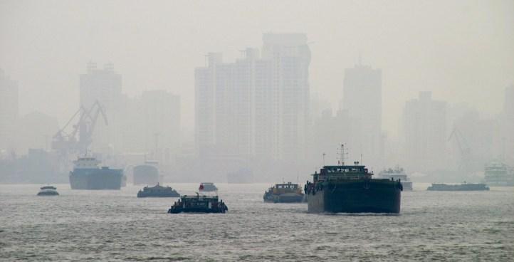 Impactos ambientales en el transporte logístico