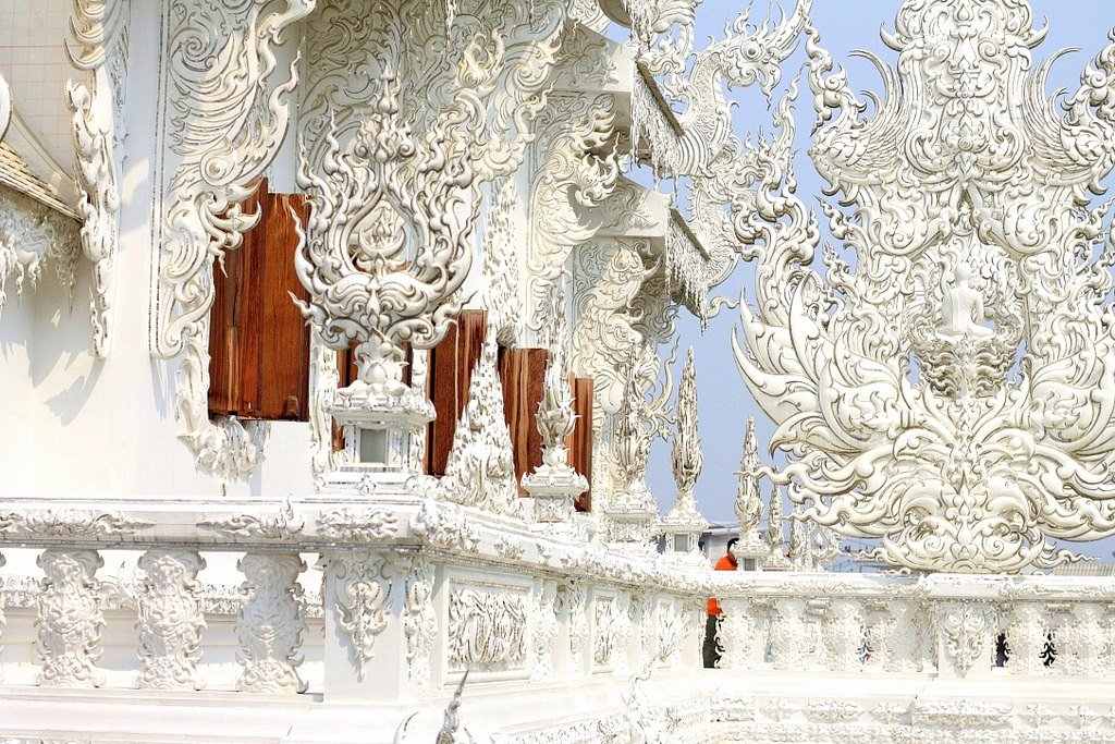 The Stunning White Temple (Wat Rong Khun), Chiang Rai, Thailand