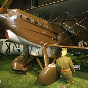 Maquetas hechas - avia-b-534 Vista frontal lateral
