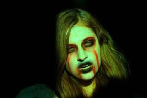 Maquiagem de Helloeen bruxa verde