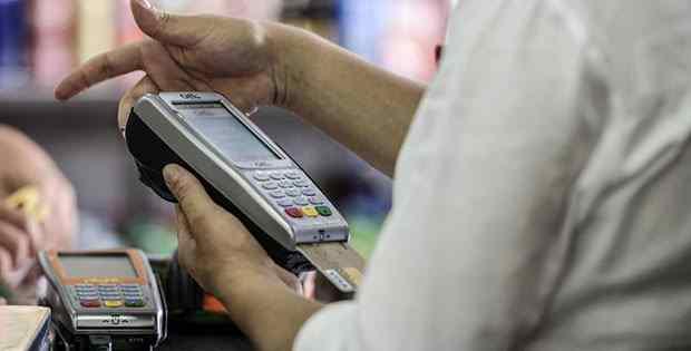 Concorrência reduz taxas de máquinas de cartão de crédito e débito