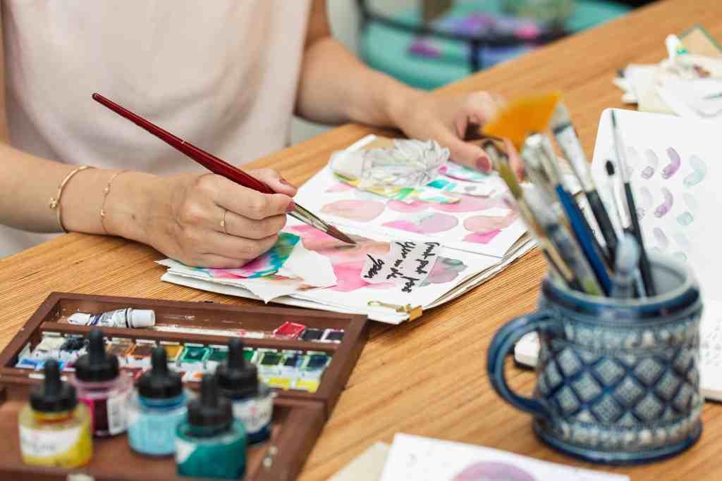 was-ist-ein-art-journal-warum-es-sich-lohnt-kreativ-zu-werden