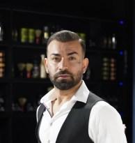 """Saç tasarım uzmanı Şenol Erdoğan: """"Saçlarınızı her gün değil gün aşırı yıkayın"""""""