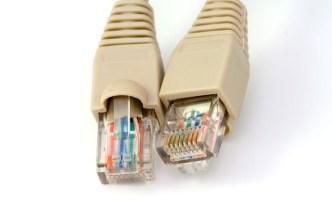 ब्रॉडबँड इंटरनेट केबल