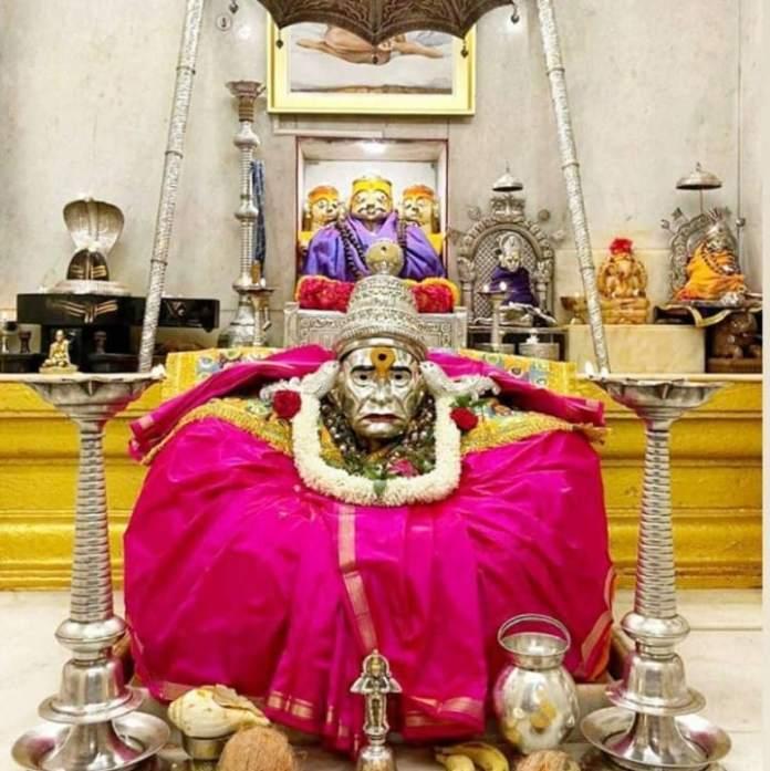 swami samarth mandir gabhara