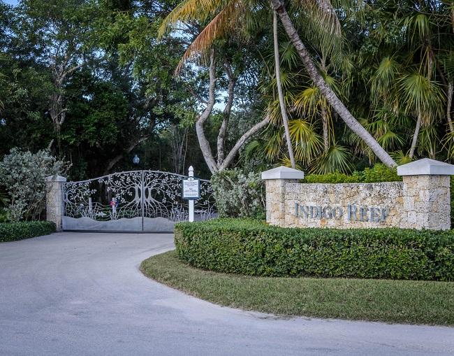 Indigo Reef gate