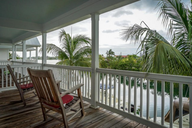 Coral Lagoon upstairs porch