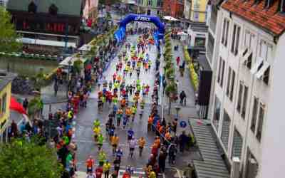 How To Run A Half Marathon In Under Two Hours + Training Plan