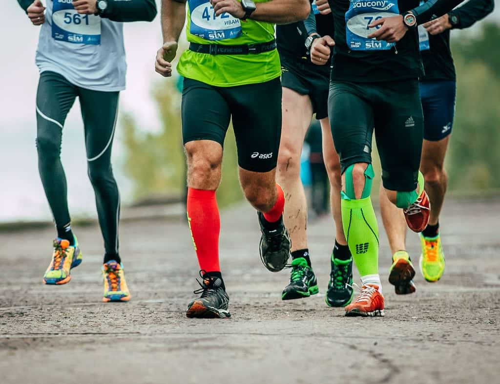 marathon socks asics