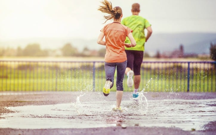 is it safe to run in the rain