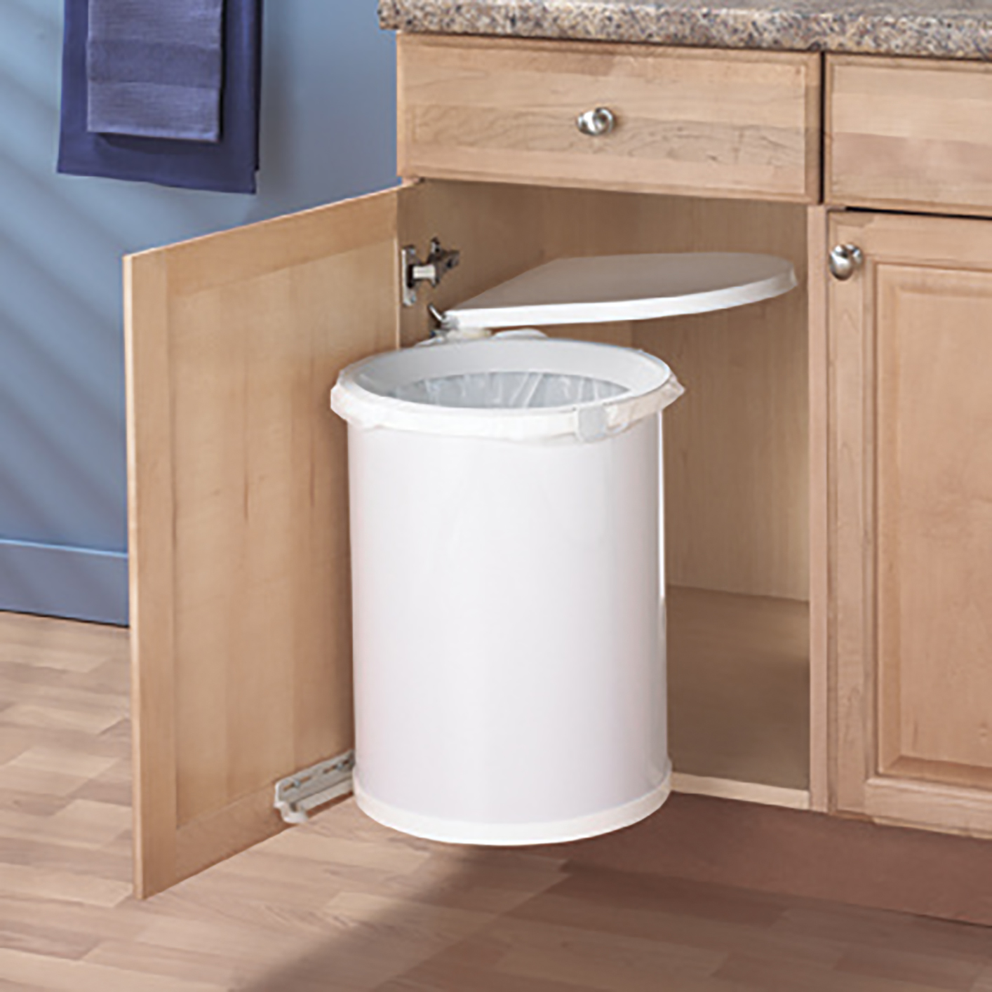 door mounted kitchen garbage can with lid buy old cabinets pivot out waste bin 32 qt white ktm32 w marathon