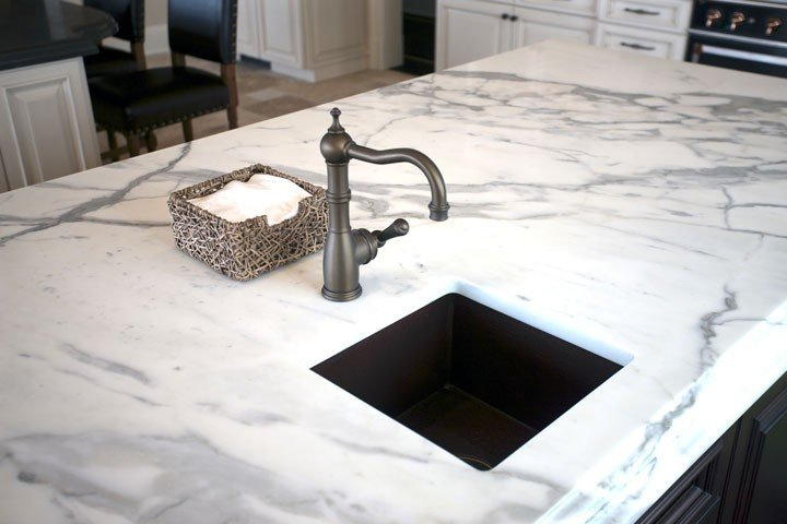 Decoding The Popularity Of White Countertops