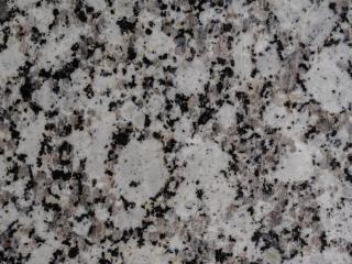helio-and-monteiro-granito