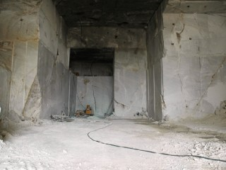 dionyssomarble-quarry-tunel