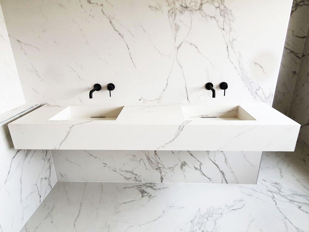 Plan-vasque-marbre