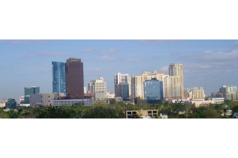 Fort_Lauderdale_Skyline-6c213d1687