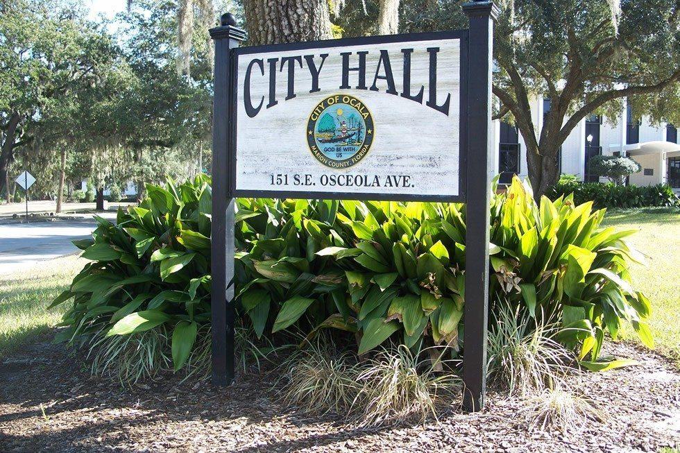 Ocala_city_hall_sign01-286b87d166