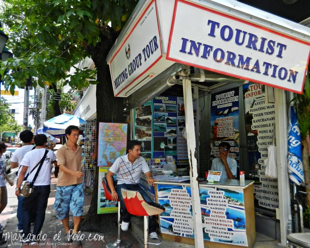 Primer viaje a Bangkok: agencia de turismo en Khao San Rd