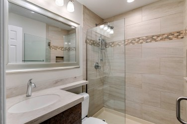 1st & 2nd Flor - Full Bath