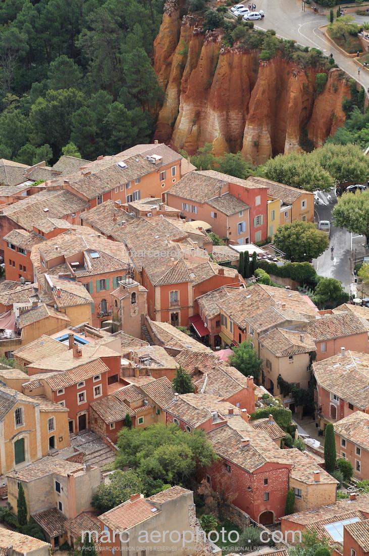 Plus Beaux Villages De Provence : beaux, villages, provence, Roussillon, Provence,, Beaux, Villages, France, Aerophoto