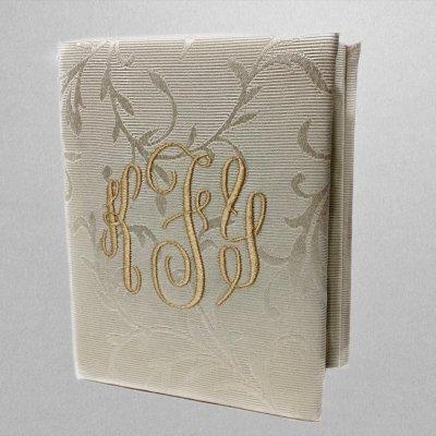 AHB7-2-Small-Hardbound-Photo-Album-Cream-Swirls-Brocade-Style-38-Matte-Gold-Thread