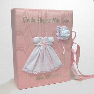B14C-22G-Baby-Pink-Moire-Style-151-Baby-Celadon-Thread-Emily