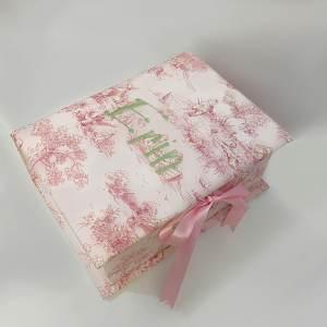B14C-BG-Pink-Toile-Cotton-Style-151-Celadon-Thread